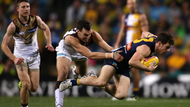 Article image for Hawks Snatch Win From Eagles