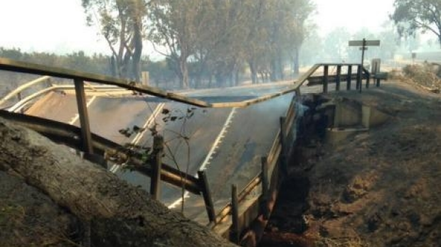 Article image for Three missing and 95 homes destroyed in Yarloop blaze