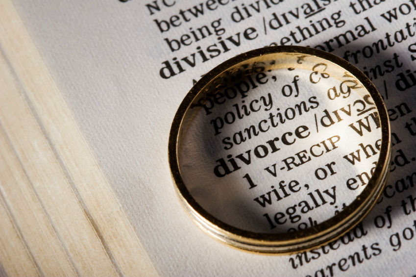 Article image for Ditch the courts for divorce; go online