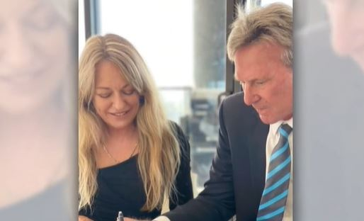 Article image for Sam Newman 'devastated' after wife Amanda Brown's shock death