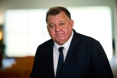 'Lead the charge': Craig Kelly to run with Clive Palmer's United Australia Party